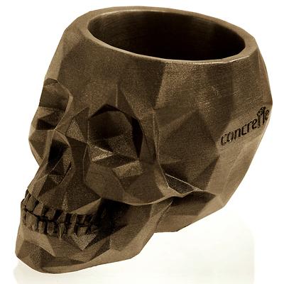 Concrette - Flowerpot Skull Medium, doniczka/osłonka betonowa mosiężna